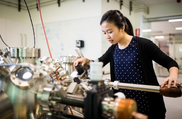 student using a quantum computing