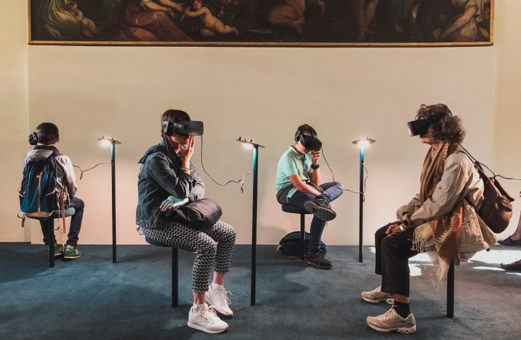 Using Virtual Reality to Examine Gait and Postural Sway Changes in Eye Disease